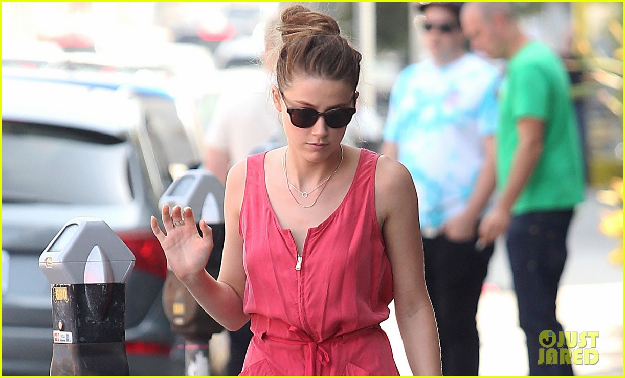 amber heard decades shopper 01