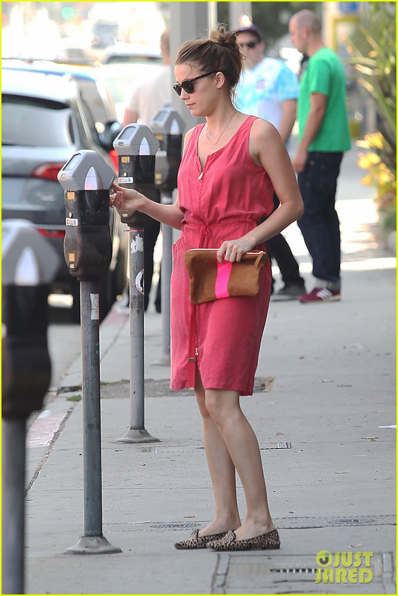 amber heard decades shopper 022730061