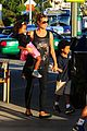 heidi klum starbucks run with kids 14
