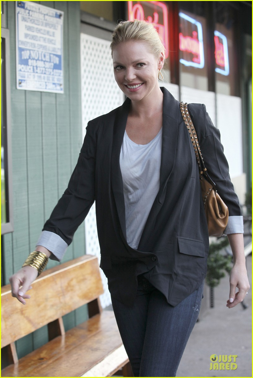 katherine heigl lax departure with mom 192718969