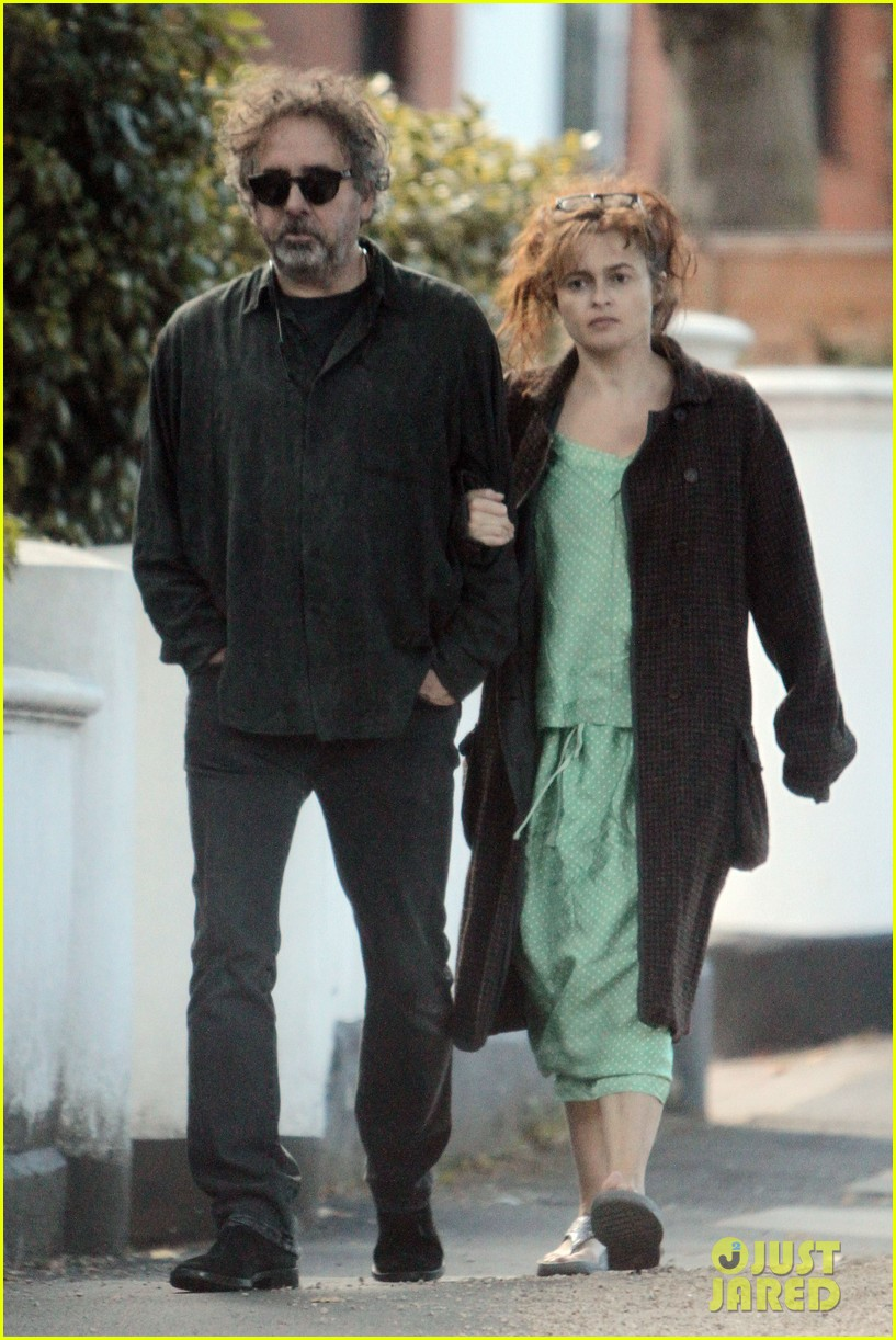 helena bonham carter tim burton link arms london 022724660