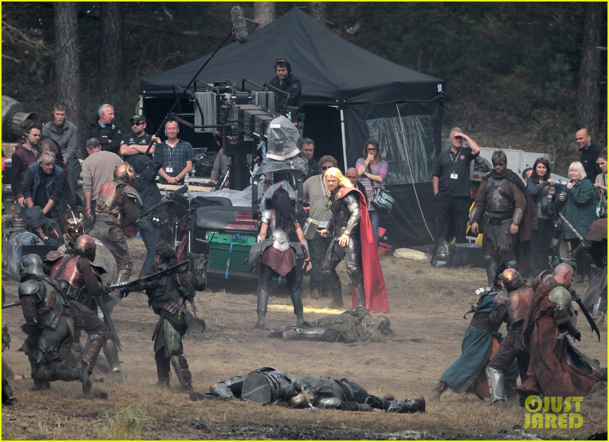chris hemsworth thor 2 begins filming first set pics 182719387