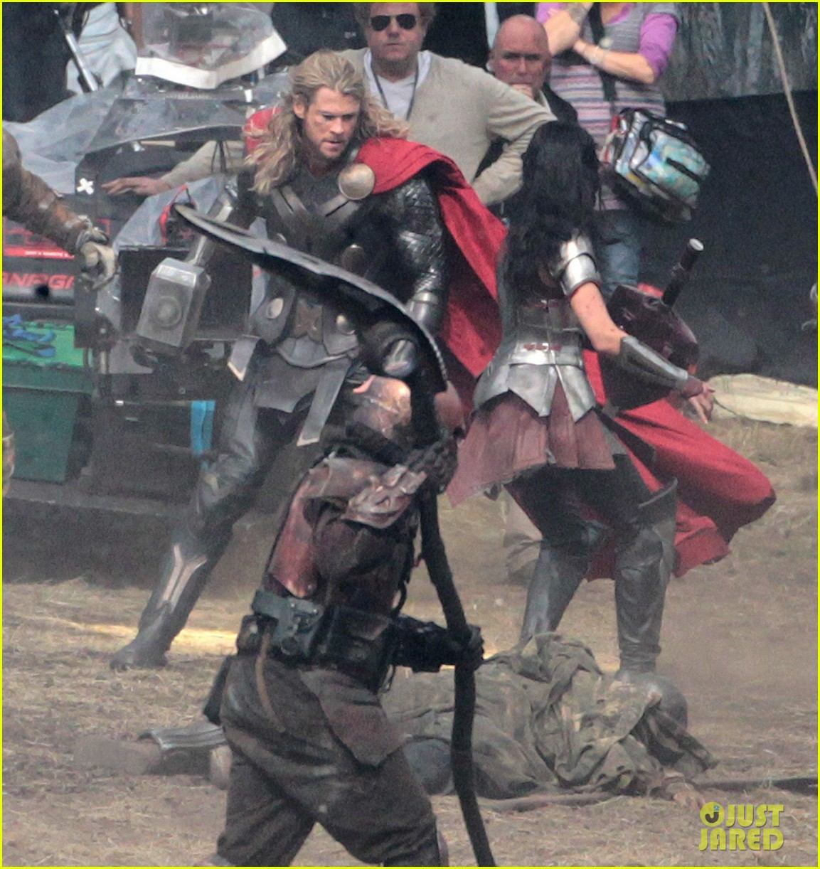 chris hemsworth thor 2 begins filming first set pics 262719395