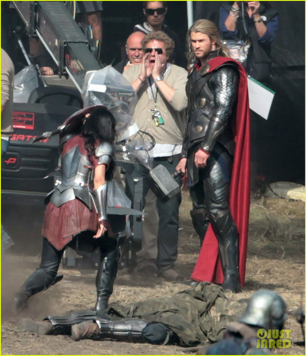 chris hemsworth thor 2 begins filming first set pics 292719398
