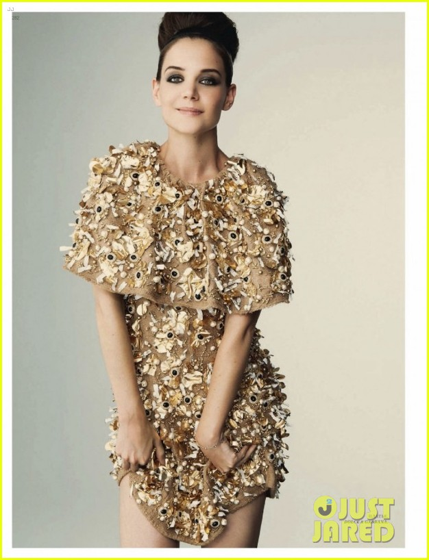 katie holmes covers harpers bazaar russia october 2012 022724315