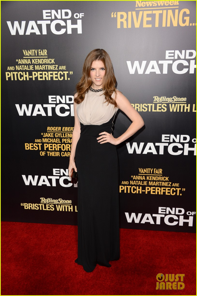 jake gyllenhaal anna kendrick end of watch premiere 042724035