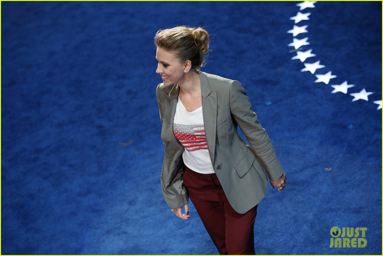 scarlett johansson speech democratic national convention 05