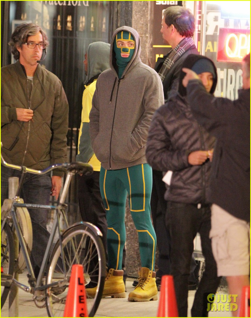 aaron taylor johnson jim carrey kick ass 2 set 36