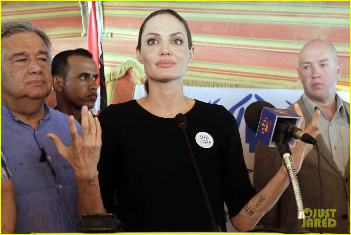 angelina jolie zaatari refugee camp visit 052719317