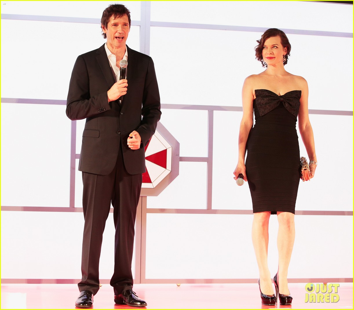 milla jovovich resident evil retribution japan premiere 012713402