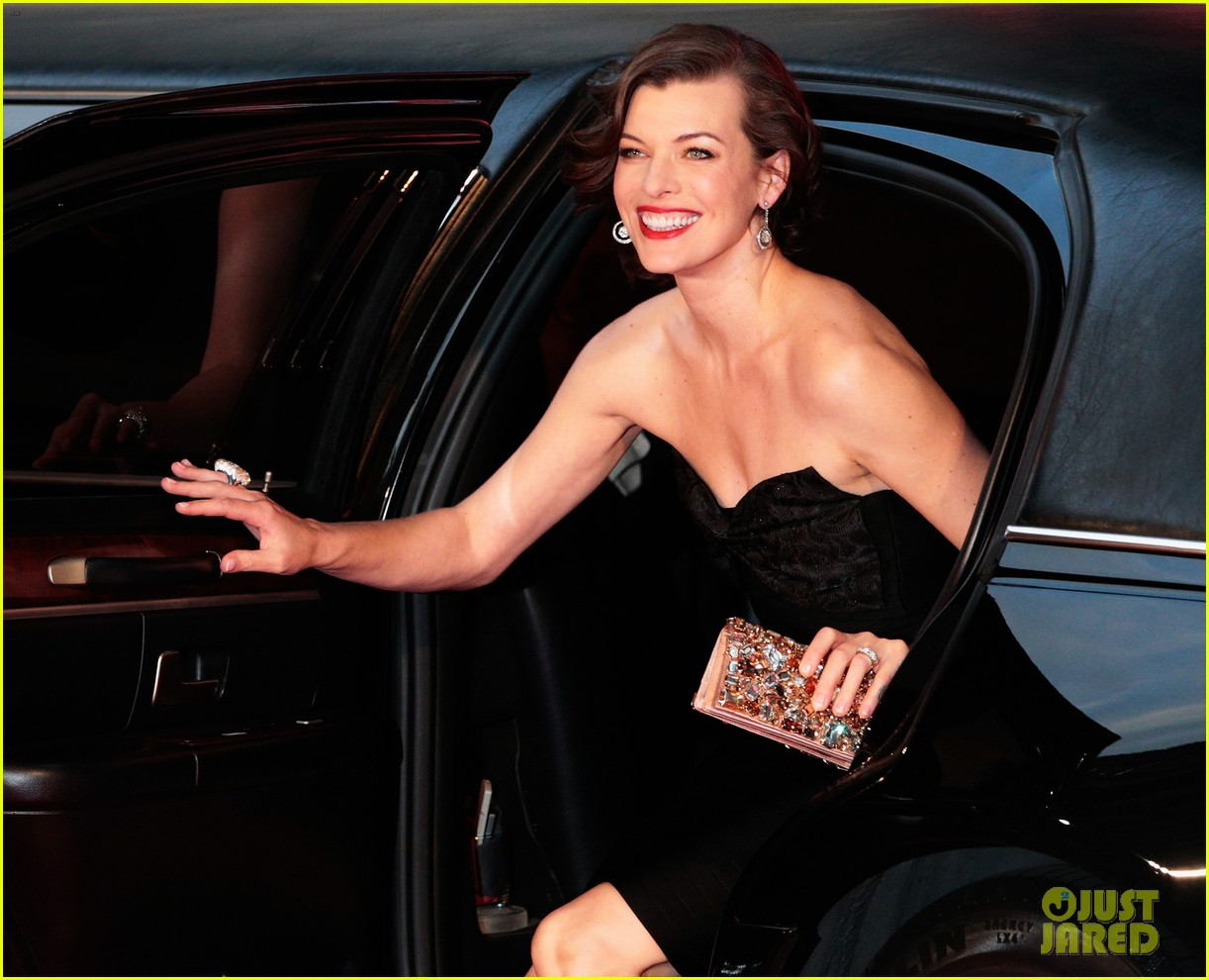milla jovovich resident evil retribution japan premiere 022713403