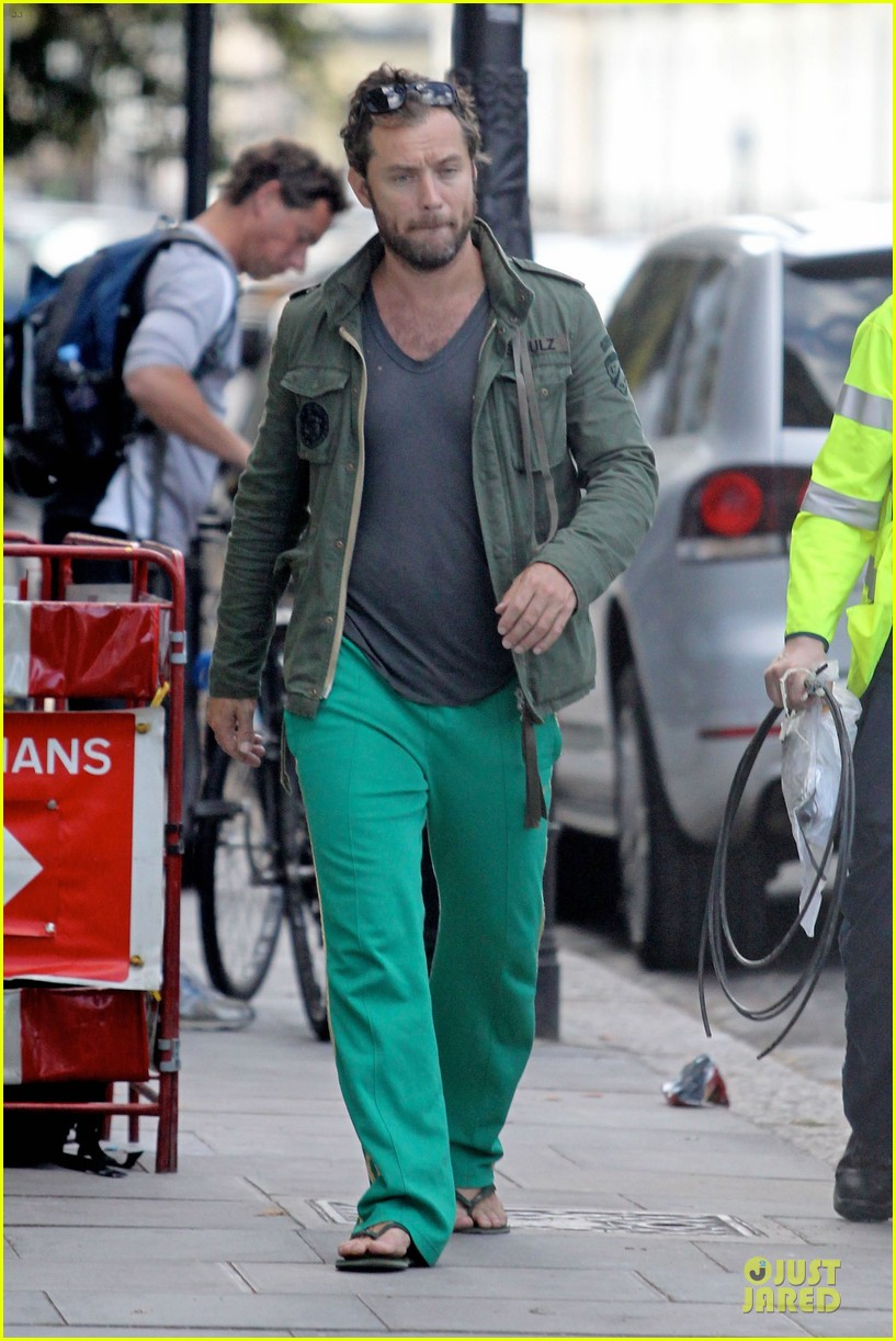 jude law i pestered wes anderson with emails 042721553