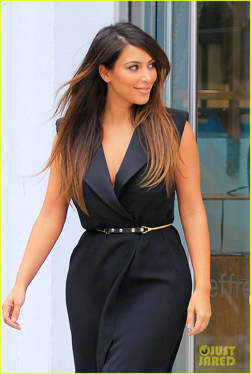 kardashian nyc shopper 052713132