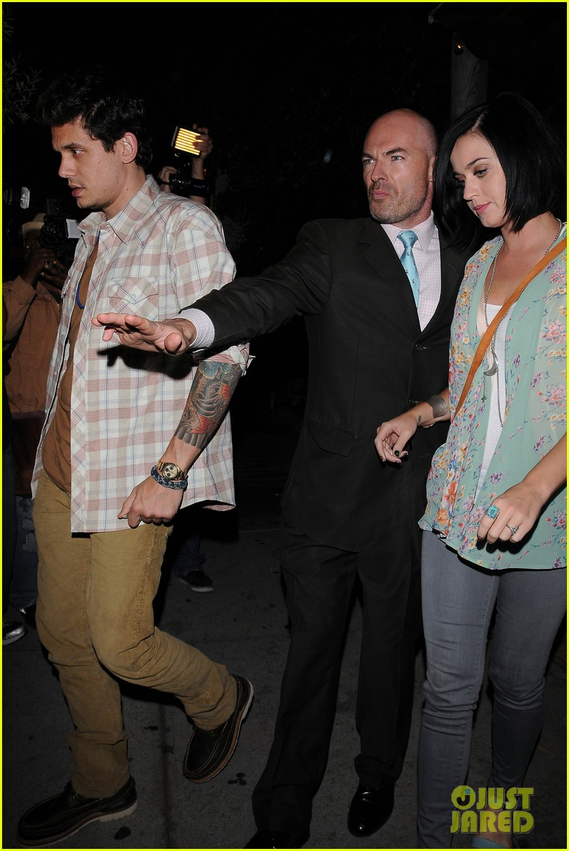 katy perry john mayer little door restaurant 01