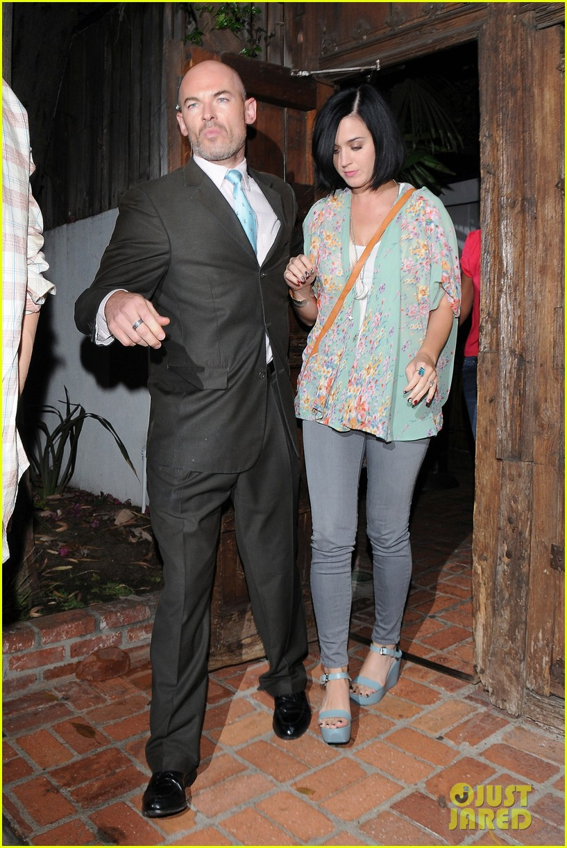 katy perry john mayer little door restaurant 152714374