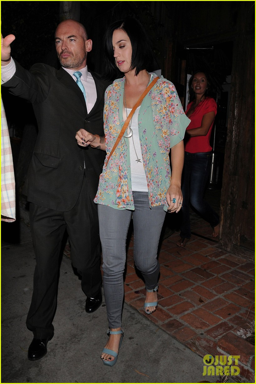 katy perry john mayer little door restaurant 18