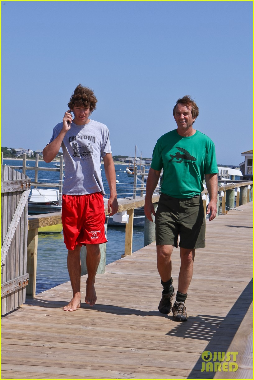 conor kennedy boating with family 032713061