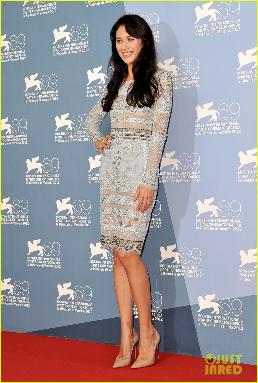 olga kurylenko to the wonder at the venice film festival 102713304