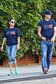 ashton kutcher mila kunis chicago bears couple 12
