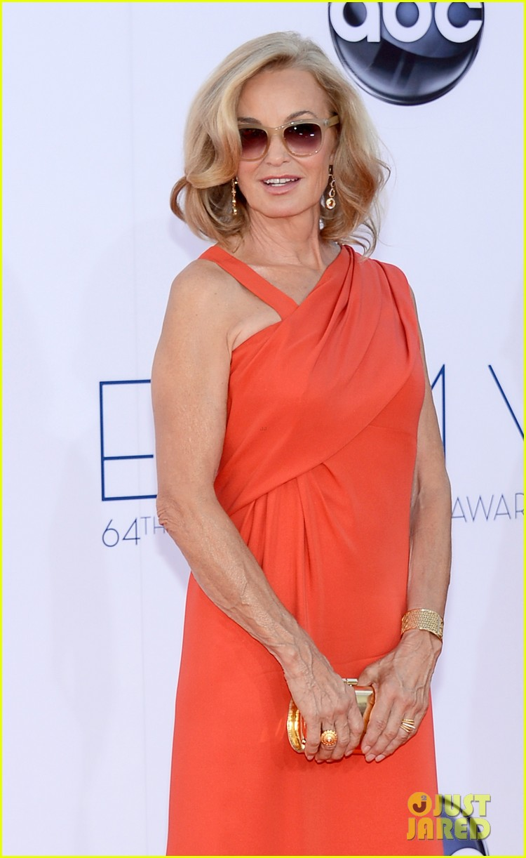 jessica lange kate mara emmy awards 2012 red carpet 032727279