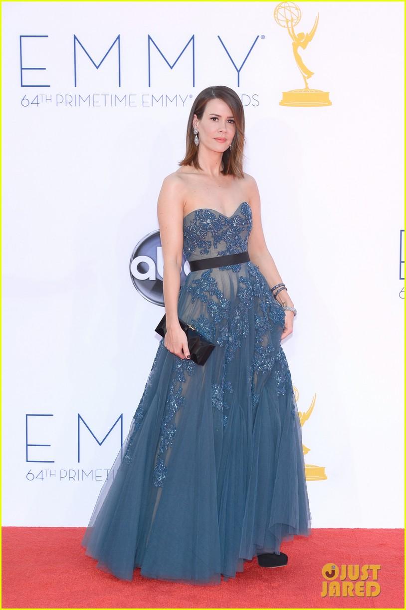 jessica lange kate mara emmy awards 2012 red carpet 042727280