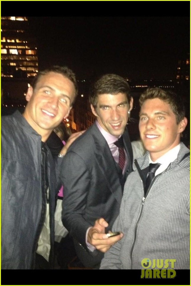 ryan lochte michael phelps reunite at nyfw event 032720656