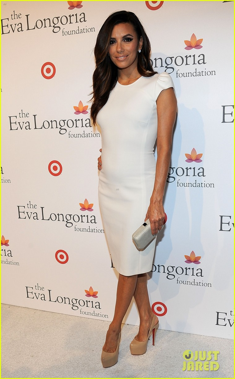 eva longoria pre alma awards charity dinner 01
