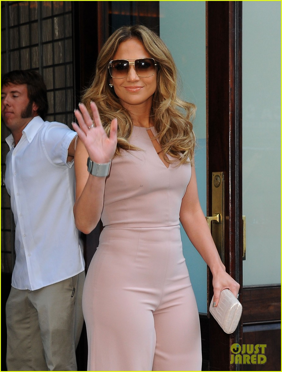 jennifer lopez joins nuvotv in owner creative positions 022720485