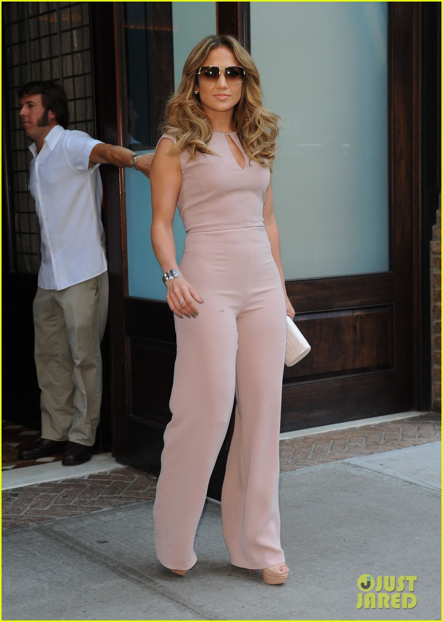 jennifer lopez joins nuvotv in owner creative positions 092720492