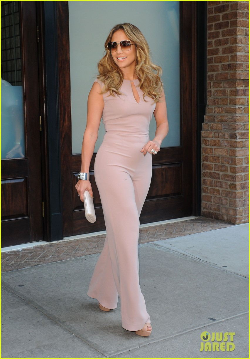 jennifer lopez joins nuvotv in owner creative positions 152720498