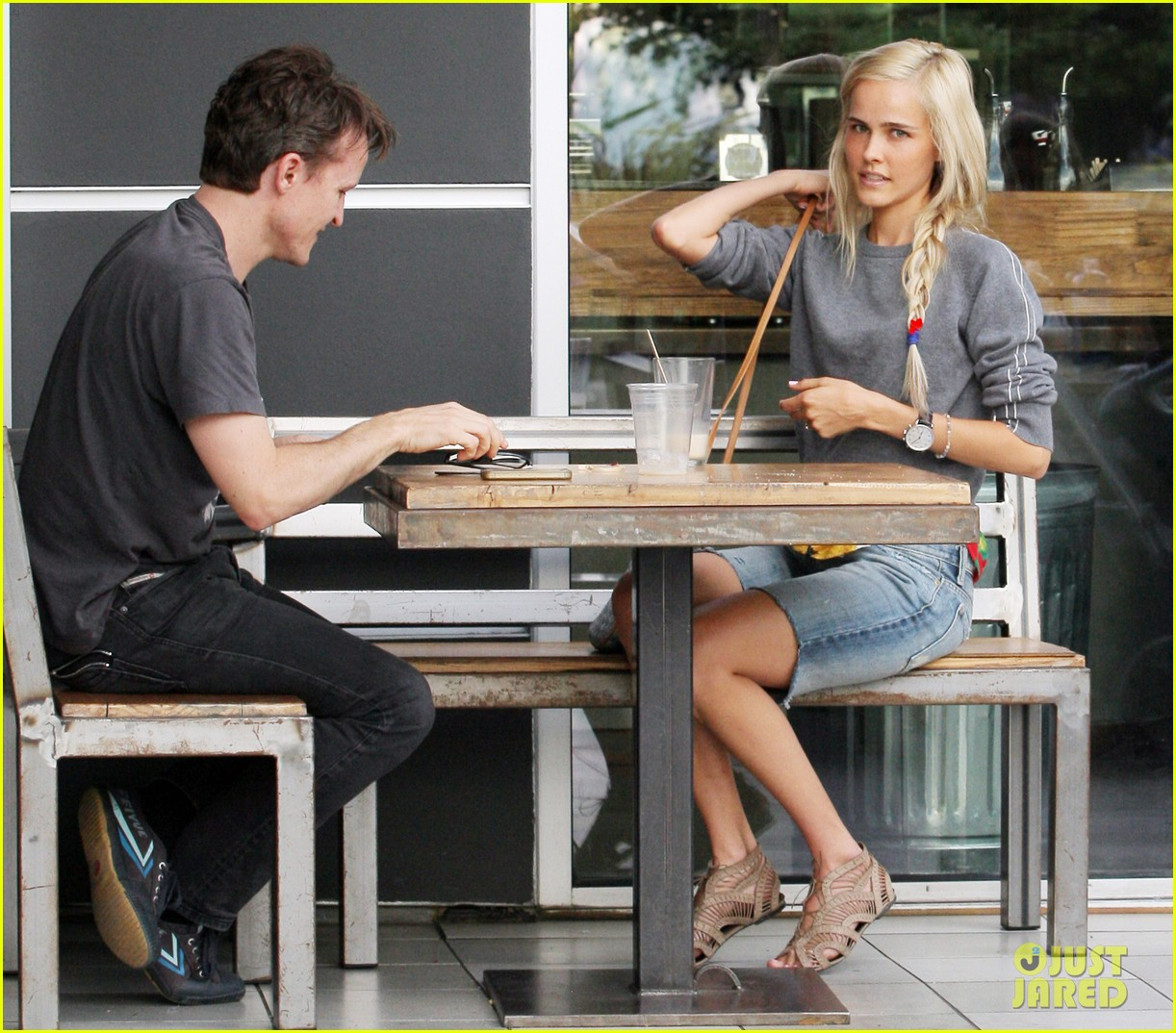 isabel lucas labor day lunch 04