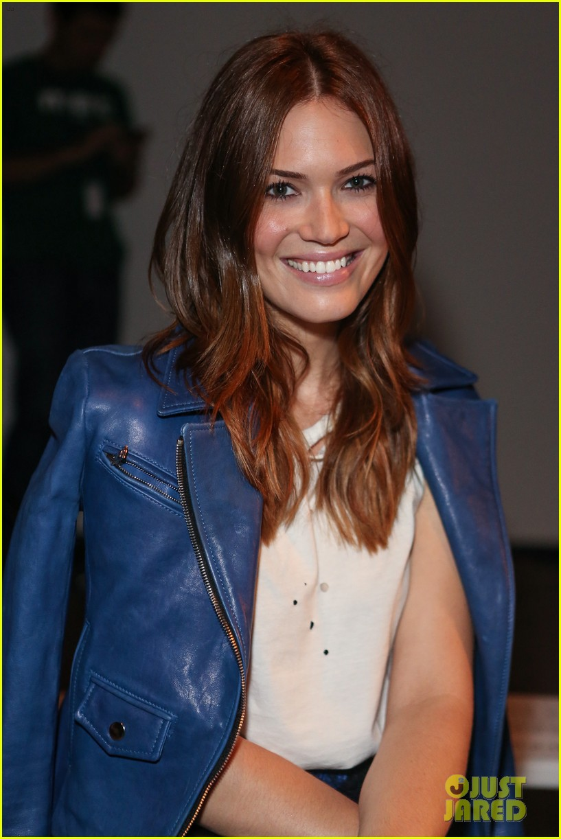 Has Mann Dating Mandy Moore Gabriel estimated that 2010