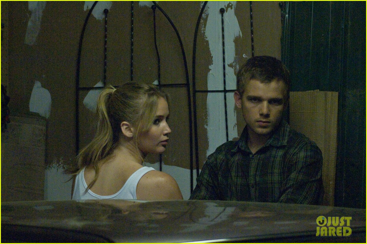 max thieriot just jared twitterview 022724371
