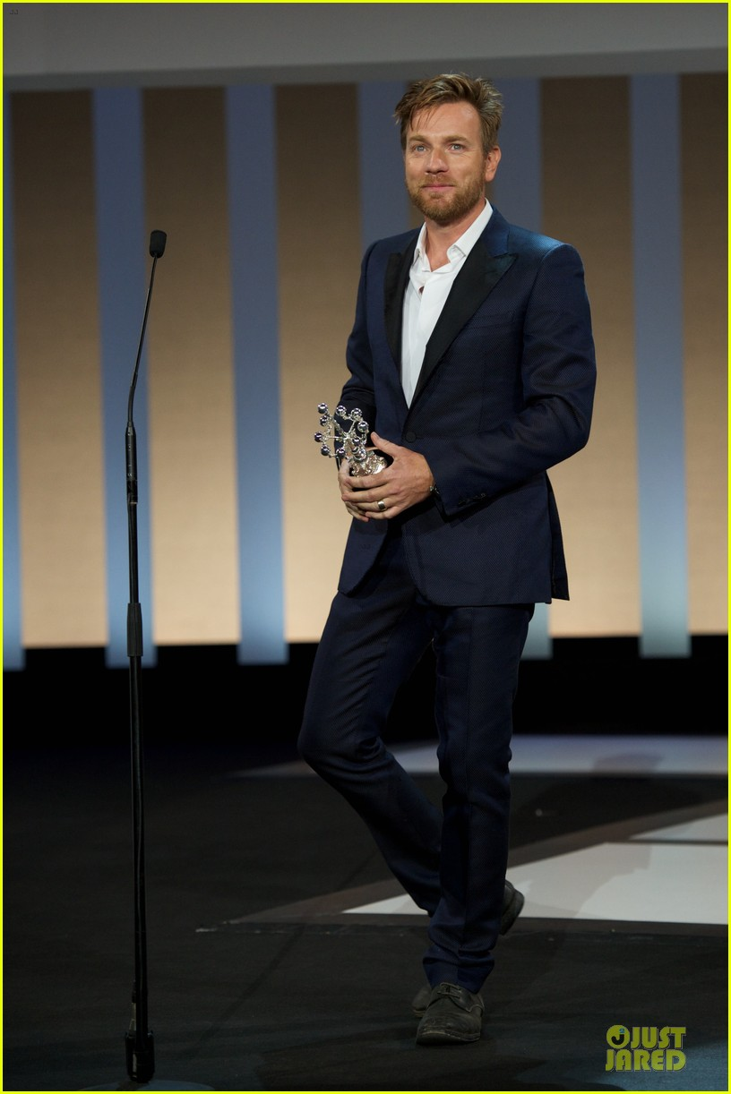 ewan mcgregor donosti lifetime achievement award recepient 012729568