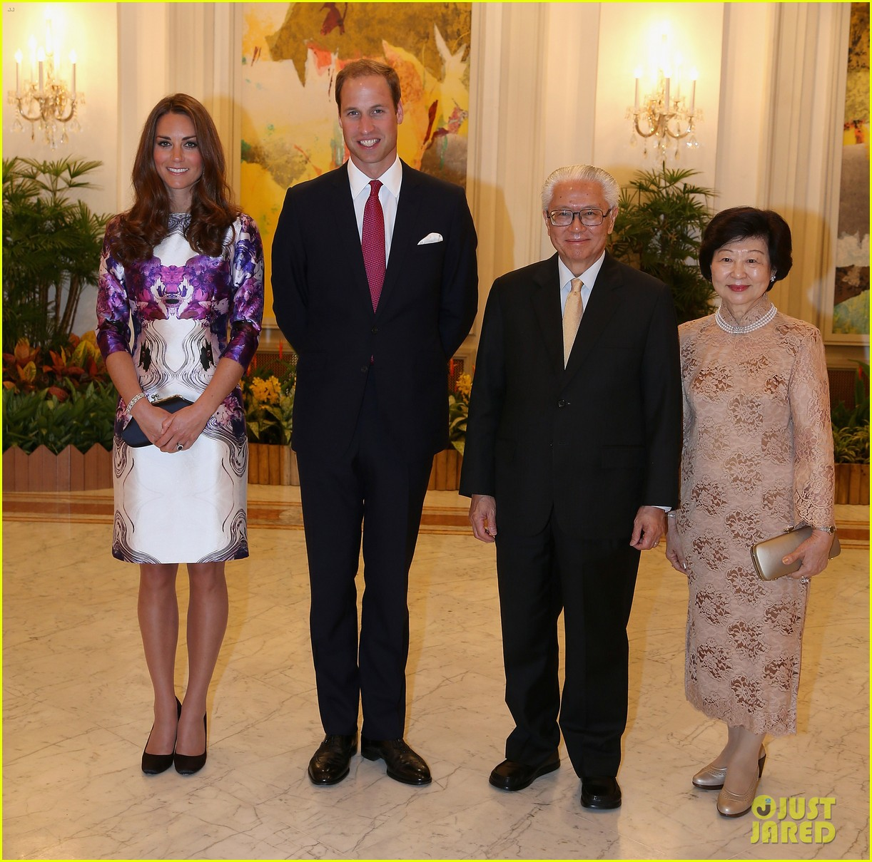 prince william duchess kate visit the istana in singapore 132719447