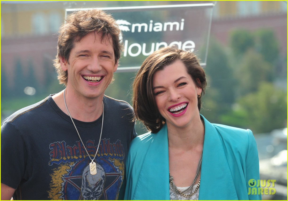 milla jovovich resident evil moscow photo call 042715512