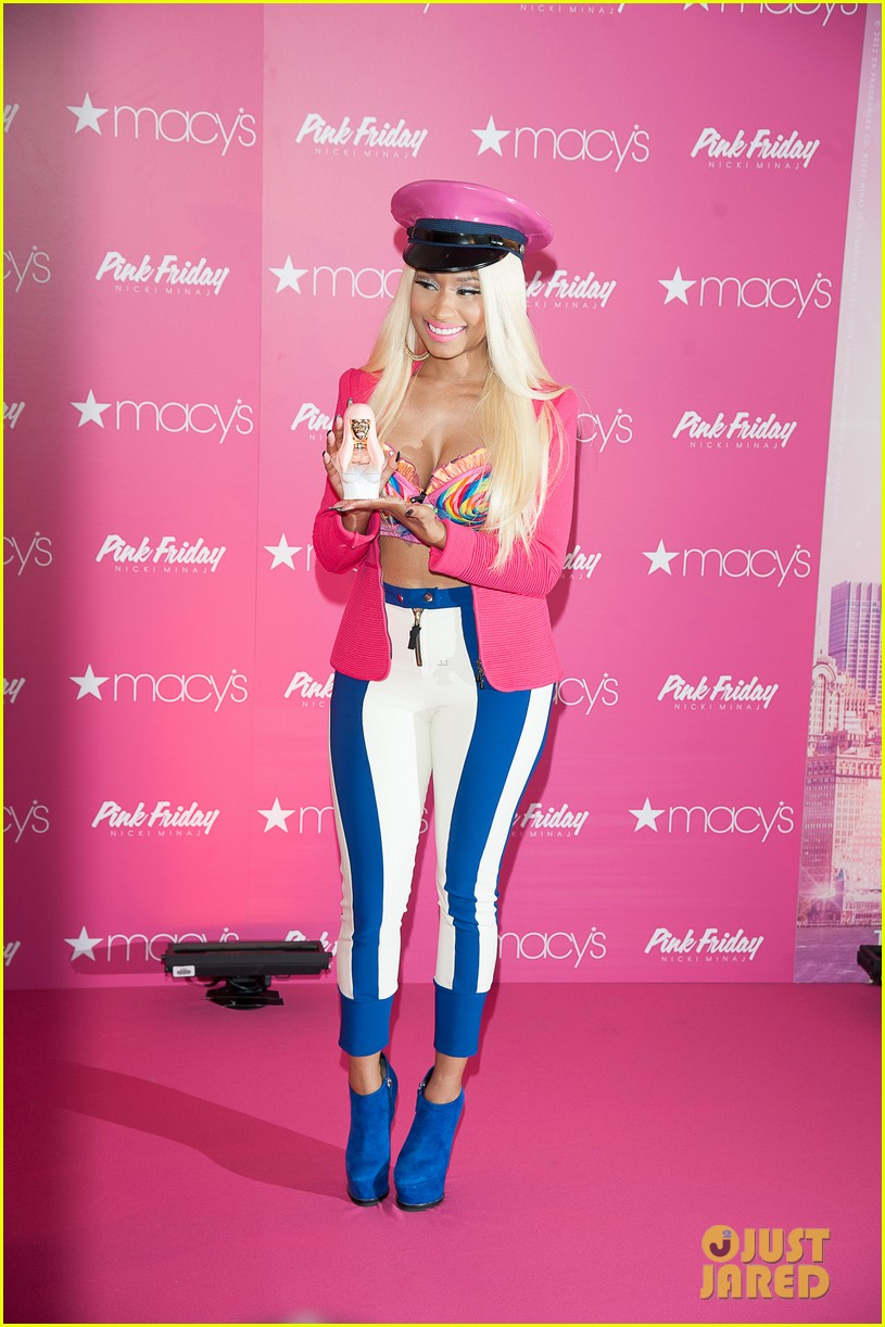 nicki minaj pink friday fragrance launch 142727910