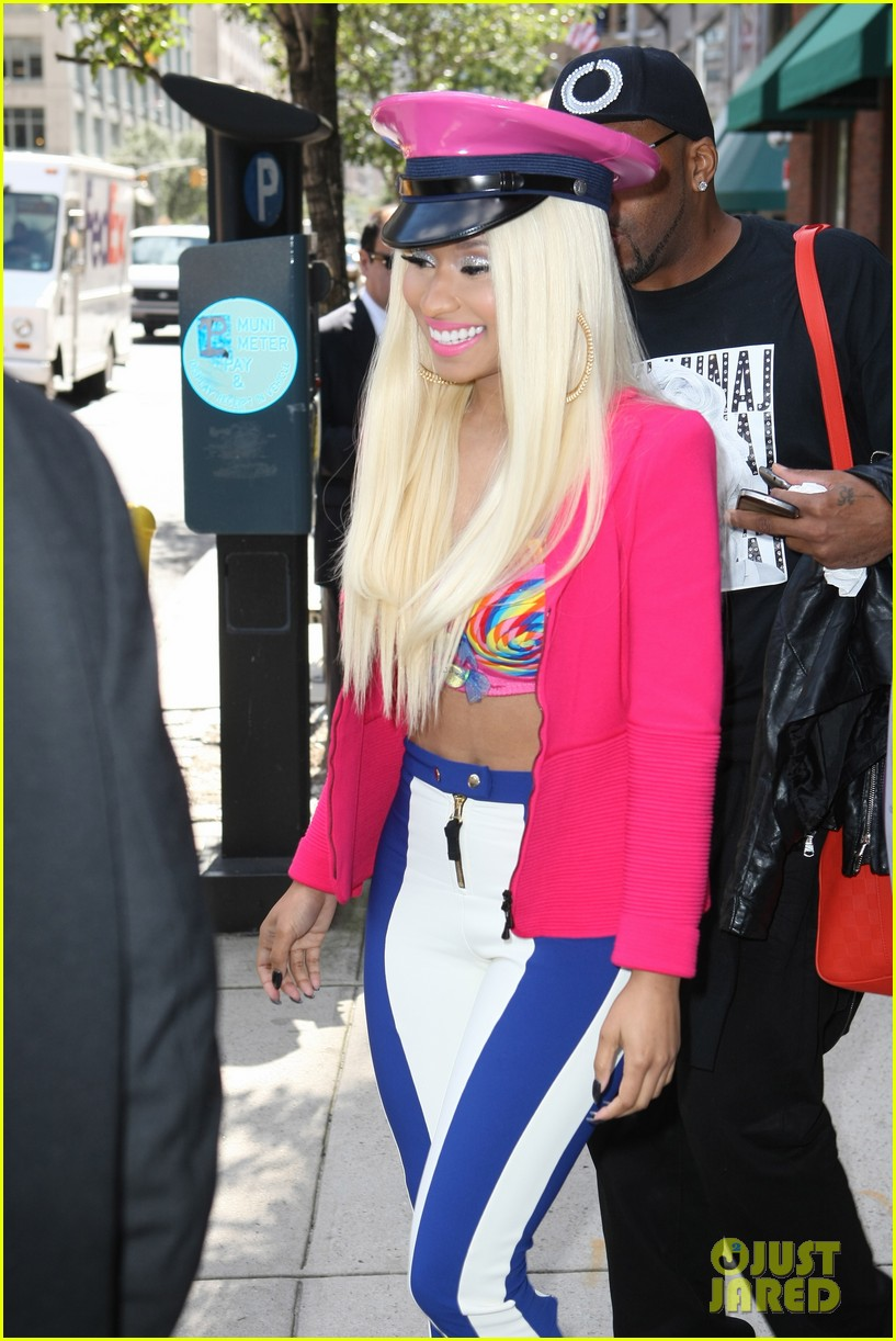 nicki minaj pink friday fragrance launch 262727922