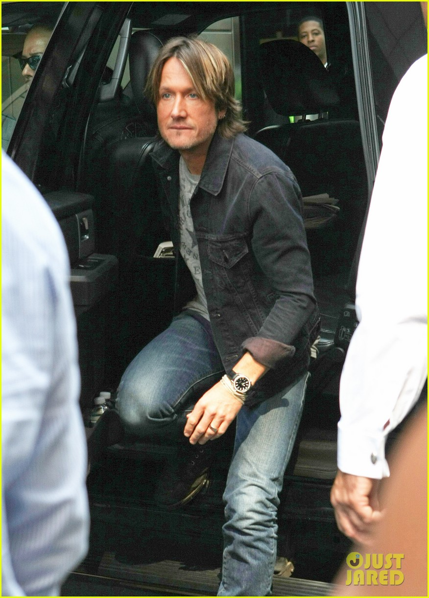 nicki minaj keith urban american idol judging day two 25