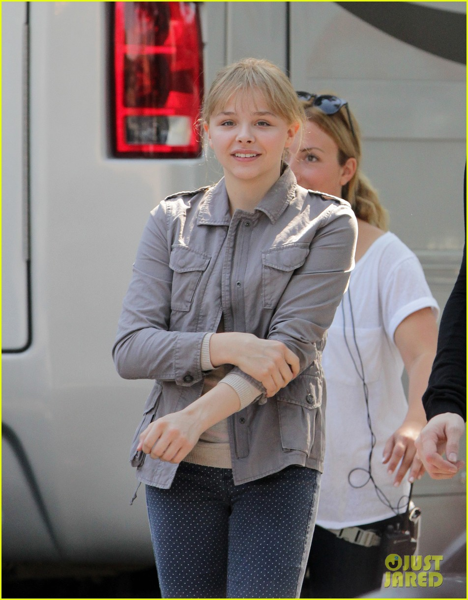 chloe moretz kick ass 2 set 142723931