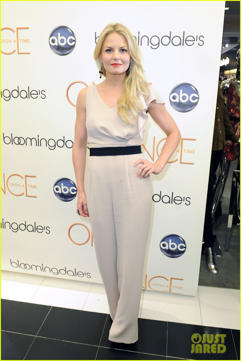 jennifer morrison bloomingdales once upon a time promo 05