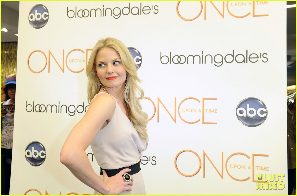 jennifer morrison bloomingdales once upon a time promo 112729801