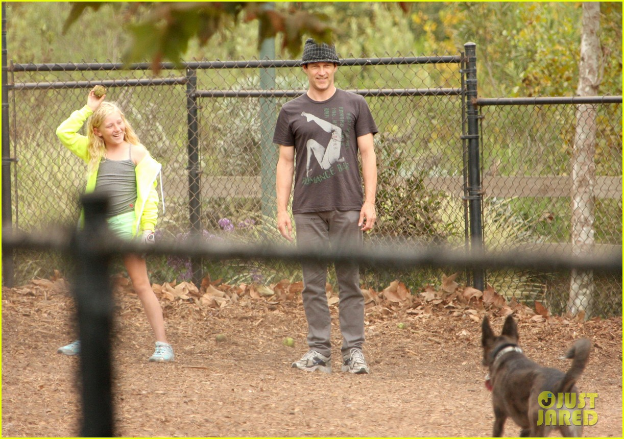 stephen moyer dog park with lilac 102729054