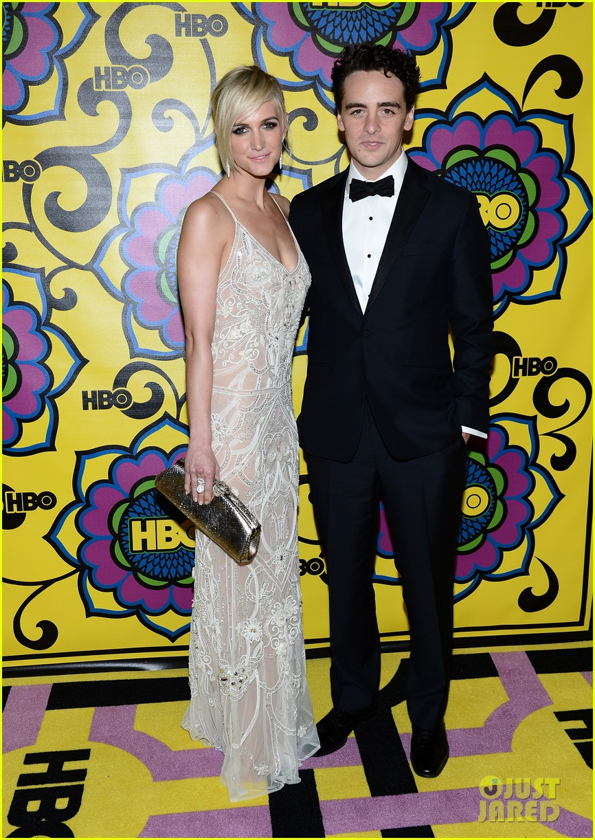 olivia munn ashlee simpson hbo emmys after party 052727551