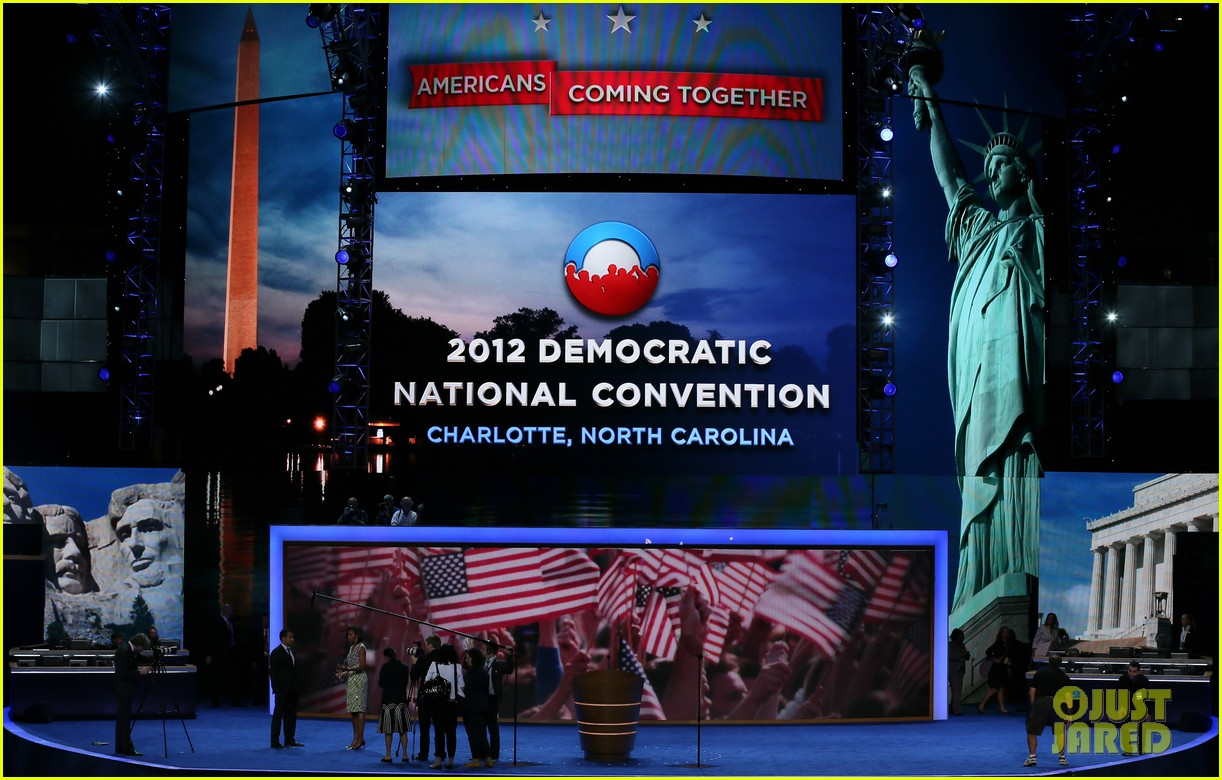 michelle obama preps democratic national convention in charlotte kal penn 142713553