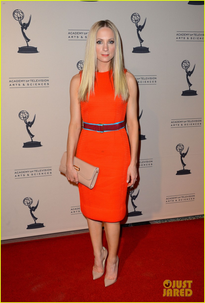jessica pare michelle dockery atas emmy awards reception 09