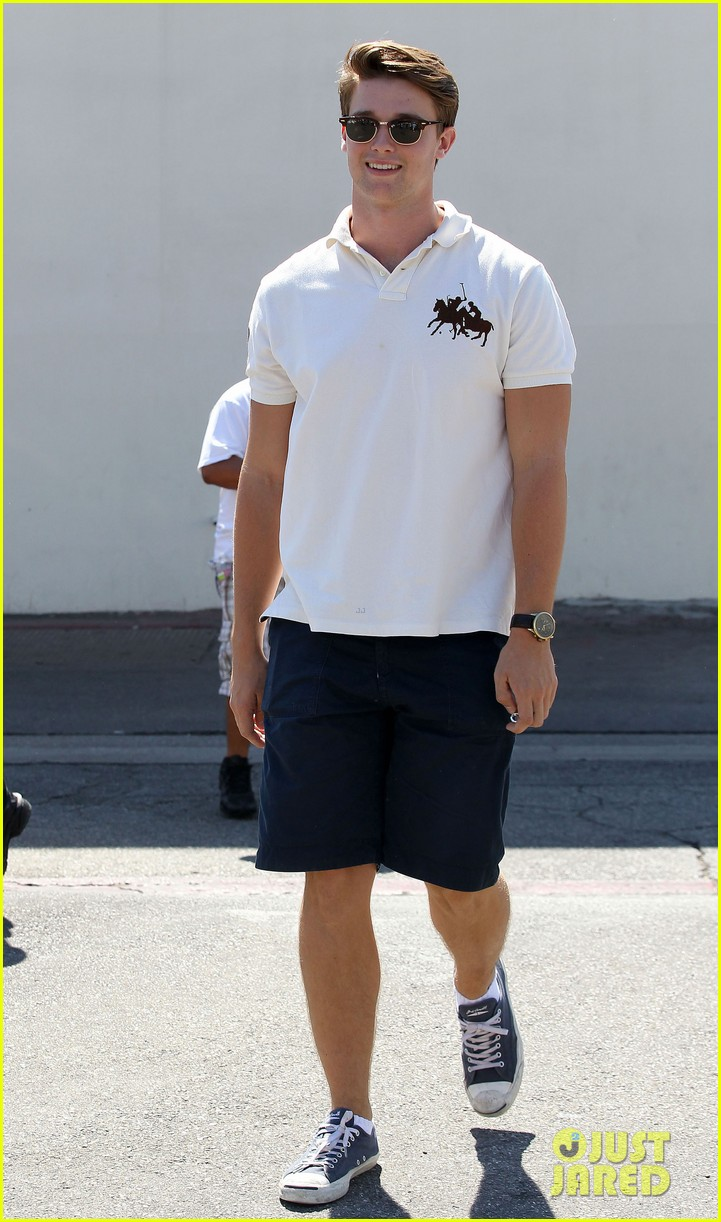 patrick schwarzenegger lunch with dad sylvester stallone 112722993