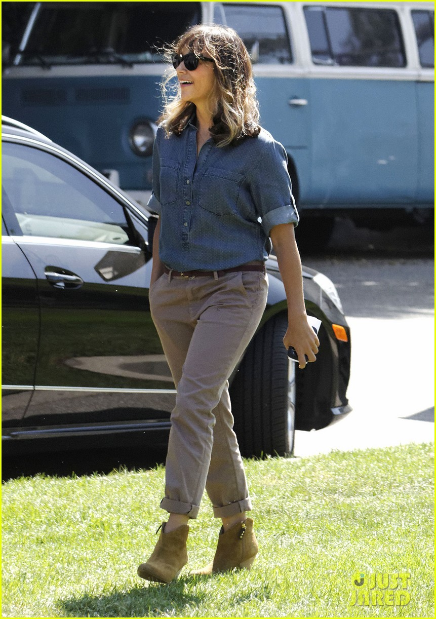 amy poehler rashida jones new parks recreation this week 01