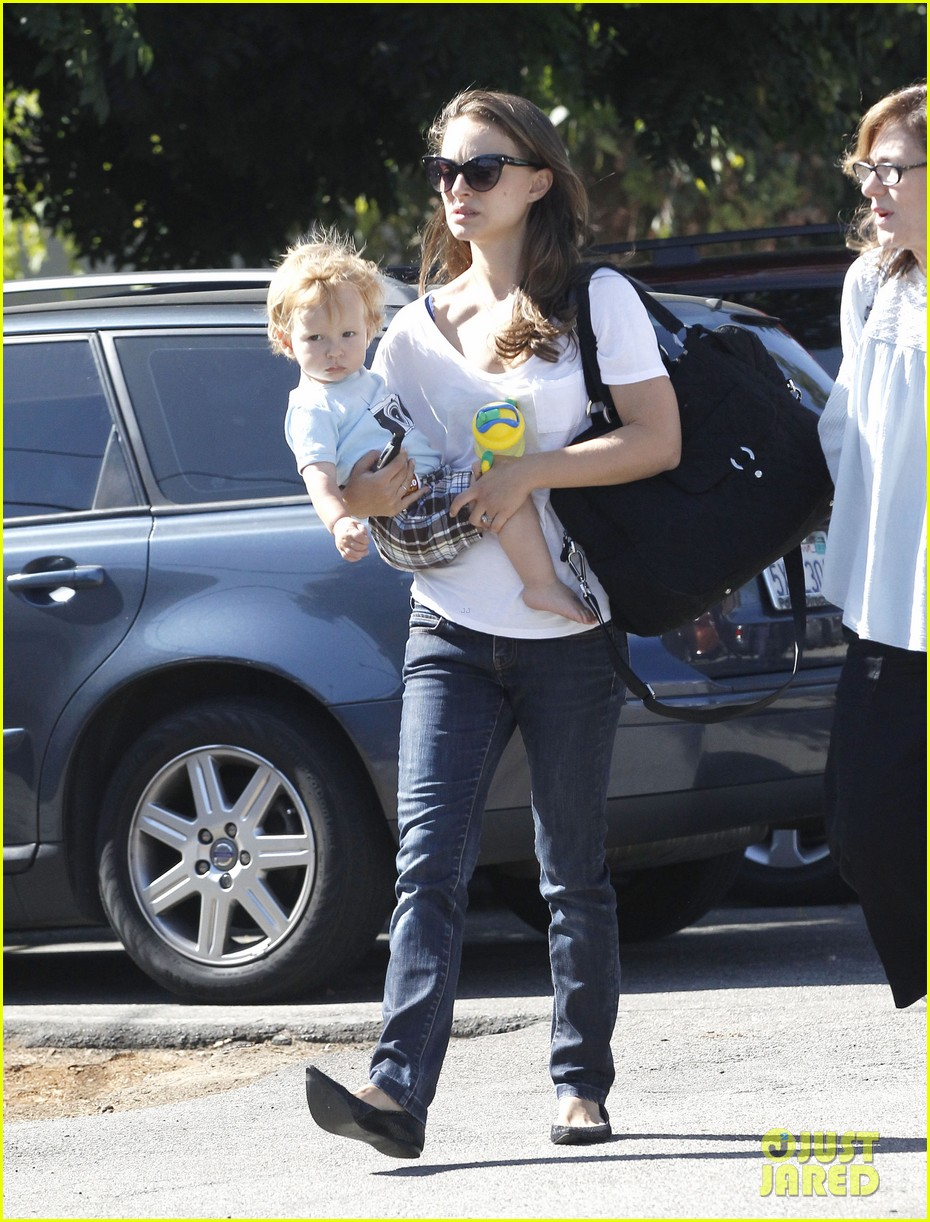 natalie portman quality time with aleph 012725311
