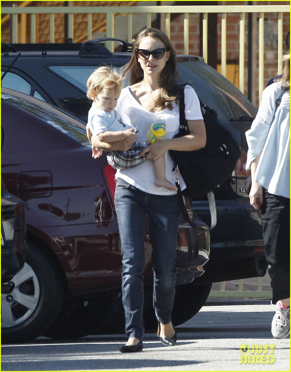 natalie portman quality time with aleph 082725318